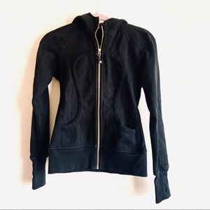 Lululemon black zip up hooded jacket